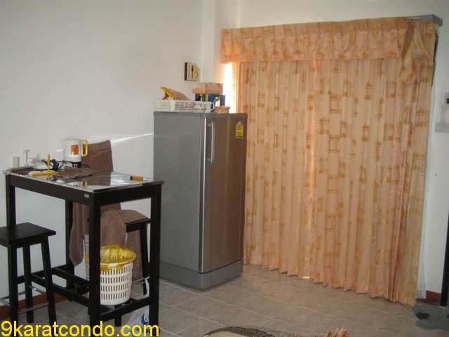 Single Room for Rent in Pattaya (315)