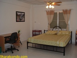 Double Room for Rent in Pattaya (521)